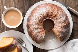 Ciambellone 7 vasetti: la ricetta della torta allo yogurt senza bilancia
