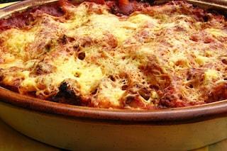 Pasta al forno napoletana: la ricetta della tradizione con polpettine