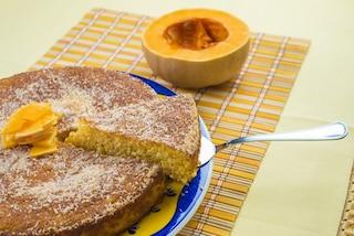 Torta di zucca e amaretti: la ricetta per un dolce soffice e saporito