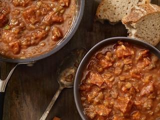 Fagioli con le cotiche: la ricetta della tradizione povera italiana