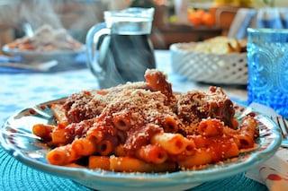 Ragù di carne alla napoletana: la ricetta tipica della tradizione partenopea