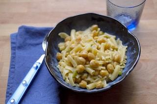 Pasta e ceci alla napoletana: la ricetta del primo piatto della tradizione campana