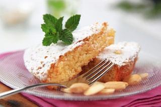 Torta di mandorle senza burro: la ricetta del dolce soffice e leggero