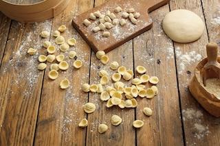 Orecchiette fatte in casa: la ricetta e il metodo per farle perfette