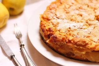 Torta di mele invisibile: la ricetta del dolce che vi conquisterà al primo assaggio