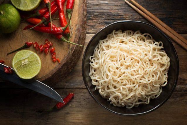 Noodles cosa sono tipologie e come cucinarli for Cucinare noodles
