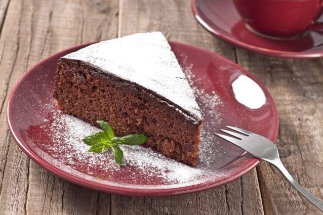 Torta Senza Uova Al Cioccolato.Torta All Acqua Al Cioccolato La Ricetta Del Dolce Leggero Al Cacao Senza Uova