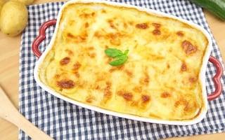 Parmigiana di patate e melanzane: la ricetta per prepararla ricca e golosa