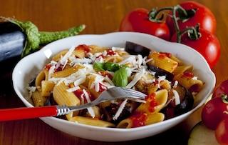 Pasta alla Norma light: la ricetta leggera e non fritta del piatto tipico siciliano