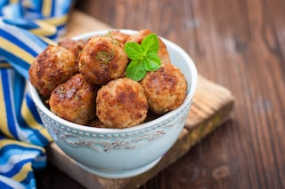 Polpettine di carne e patate: la ricetta del secondo sfizioso e morbidissimo