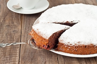 Torta al cioccolato e mandorle: la ricetta del dolce soffice e goloso