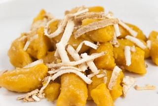 Gnocchi di ricotta e zucca: la ricetta del primo piatto gustoso e invitante