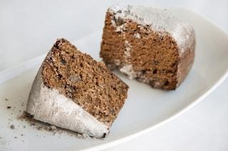 Torta all'acqua al caffè: la ricetta del dolce soffice e leggero senza uova e burro