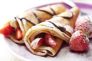 Crepes con fragole e nutella: la ricetta del dolce veloce e goloso