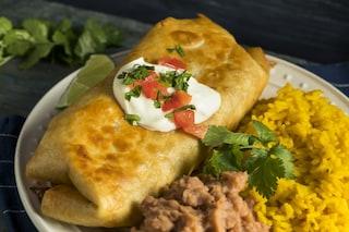 Chimichanga: la ricetta messicana croccante a base di carne e fagioli