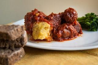 Polenta e salsiccia: la ricetta del piatto semplice e ricco di gusto