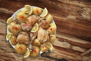 Pollo al limone: la ricetta del secondo versatile e leggero