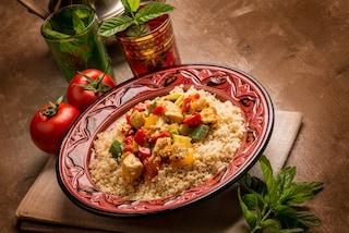 Cous cous con pesce e verdure: la ricetta del piatto unico facile e veloce