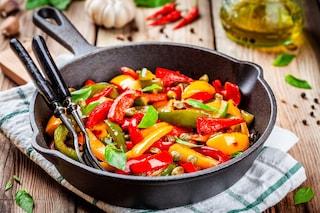 Peperonata pugliese: la ricetta del contorno semplice e gustoso