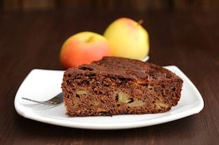 Torta di mele e cioccolato: la ricetta del dolce soffice e goloso