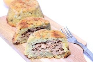Tortino di patate e tonno: la ricetta dell'antipasto facilissimo e apprezzato da tutti
