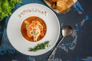 La Ricetta Per Preparare Una Zuppa Di Pesce