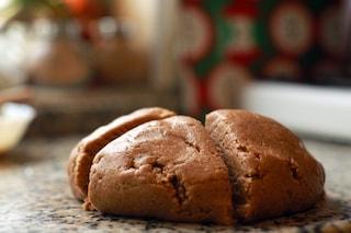 Pasta frolla alle nocciole: la ricetta base versatile e profumata per crostate e biscotti