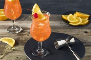 Singapore Sling: la ricetta del cocktail orientale a base di gin