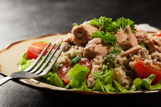 Cous cous di tonno e verdure: la ricetta rivisitata del piatto nordafricano