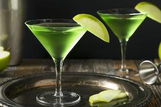 Japanese Slipper cocktail: la ricetta originale del drink con dosi e abbinamenti