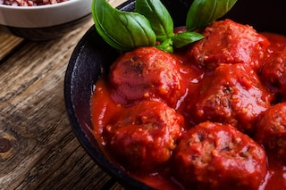 Polpette al sugo: la ricetta per farle morbide e gustose