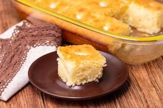 Basbousa: la ricetta del dolce arabo a base di semolino e mandorle