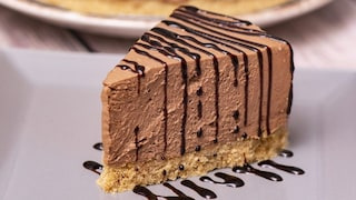 Cheesecake al mascarpone e cioccolato: la ricetta del dolce freddo facile e goloso
