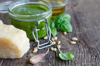 Pesto all'aglio orsino: la ricetta del pesto che fa bene alla salute