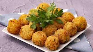 Polpette di salmone e patate: la ricetta delle crocchette veloci e stuzzicanti