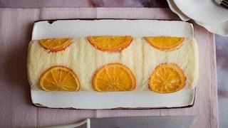 Rotolo all'arancia: la ricetta del dolce fresco e goloso con impasto soffice