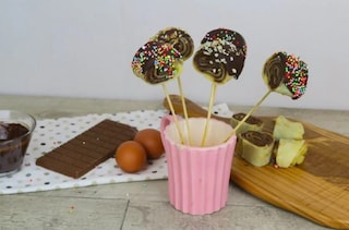Girelle di crepes: la ricetta dei dolcetti al cioccolato golosi e originali