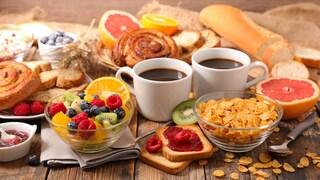 5 esempi per fare una colazione sana: idee sfiziose tra il dolce e il salato
