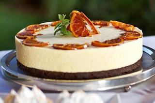 Cheesecake arancia e cioccolato: la ricetta del dolce delizioso e profumato senza cottura