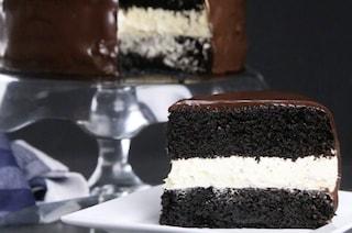 Torta al doppio cioccolato: la ricetta del dolce morbido e golosissimo