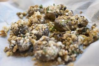 Funghi gratinati: la ricetta del contorno al forno facile e veloce