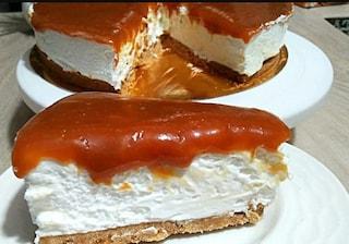 Cheesecake al caramello: la ricetta del dolce goloso e irresistibile senza cottura