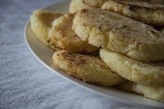 Crocchette di semolino: la ricetta dell'antipasto facile e veloce ideale come finger food
