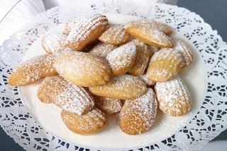 Madeleine al limone: la ricetta dei dolcetti francesi soffici e raffinati
