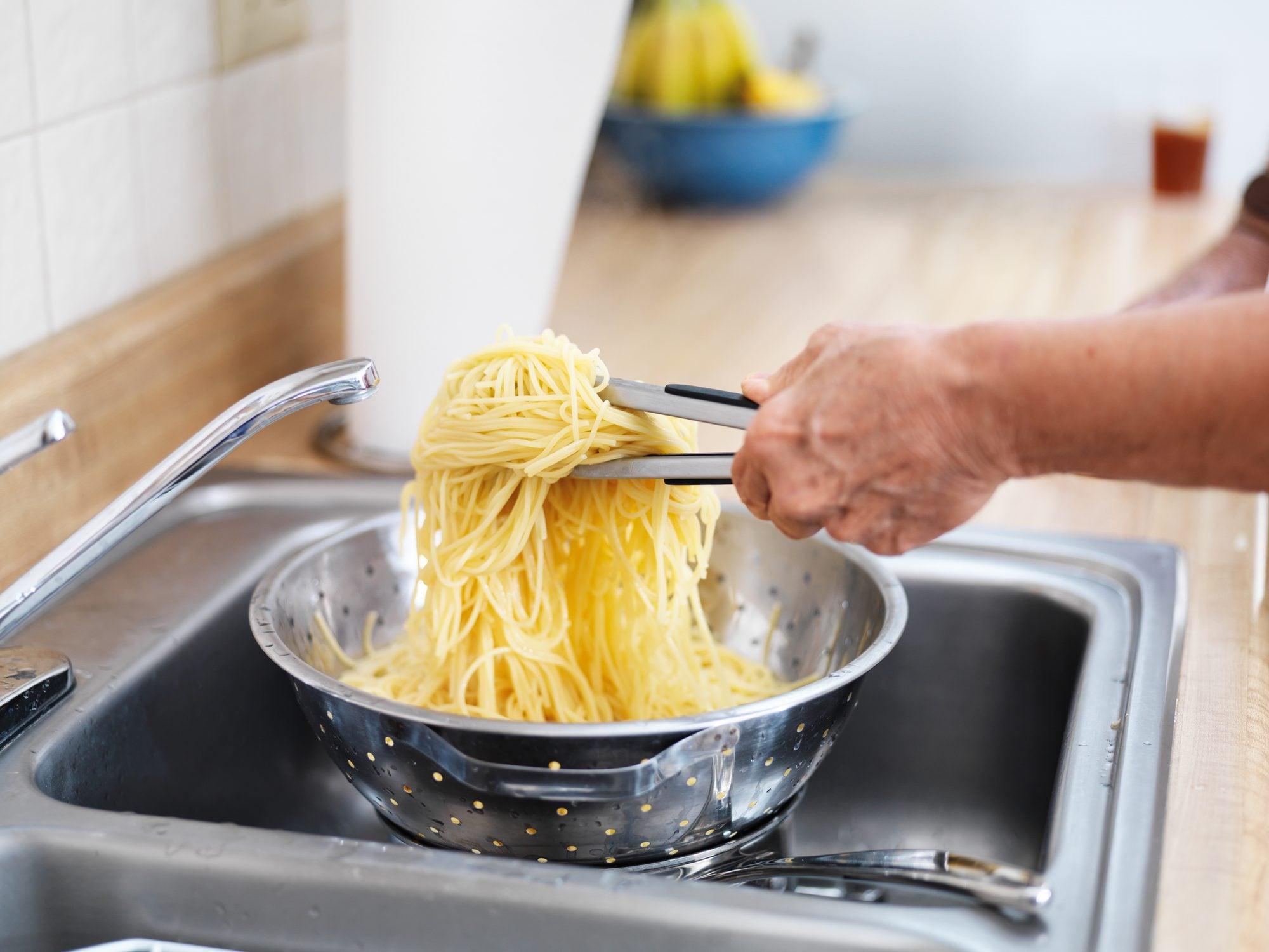 drain-pasta