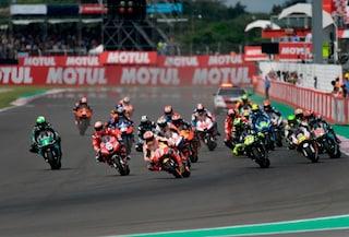 """Coronavirus, la MotoGP corregge il tiro: """"Non è obbligatorio fare almeno 13 gare"""""""