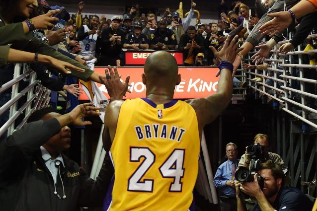 Vanessa Bryant al suo Kobe: