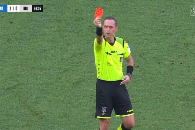 Roberto Soriano espulso in Inter-Bologna, l'arbitro Pairetto:
