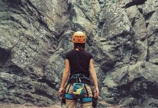 I 10 migliori caschi da arrampicata: classifica 2020 e recensioni