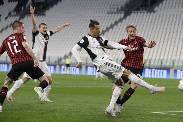 Calcio In Tv 7 Luglio Milan Juventus Dove Vederla Lecce Lazio Orario E Canale Tv